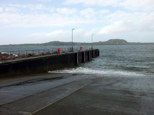 Fionnphort looking to Iona