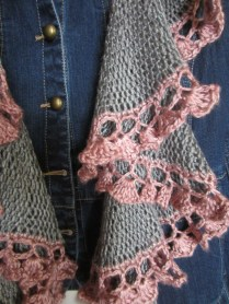 grey, purple pink, potato chip scarf, short rows, knitting 023