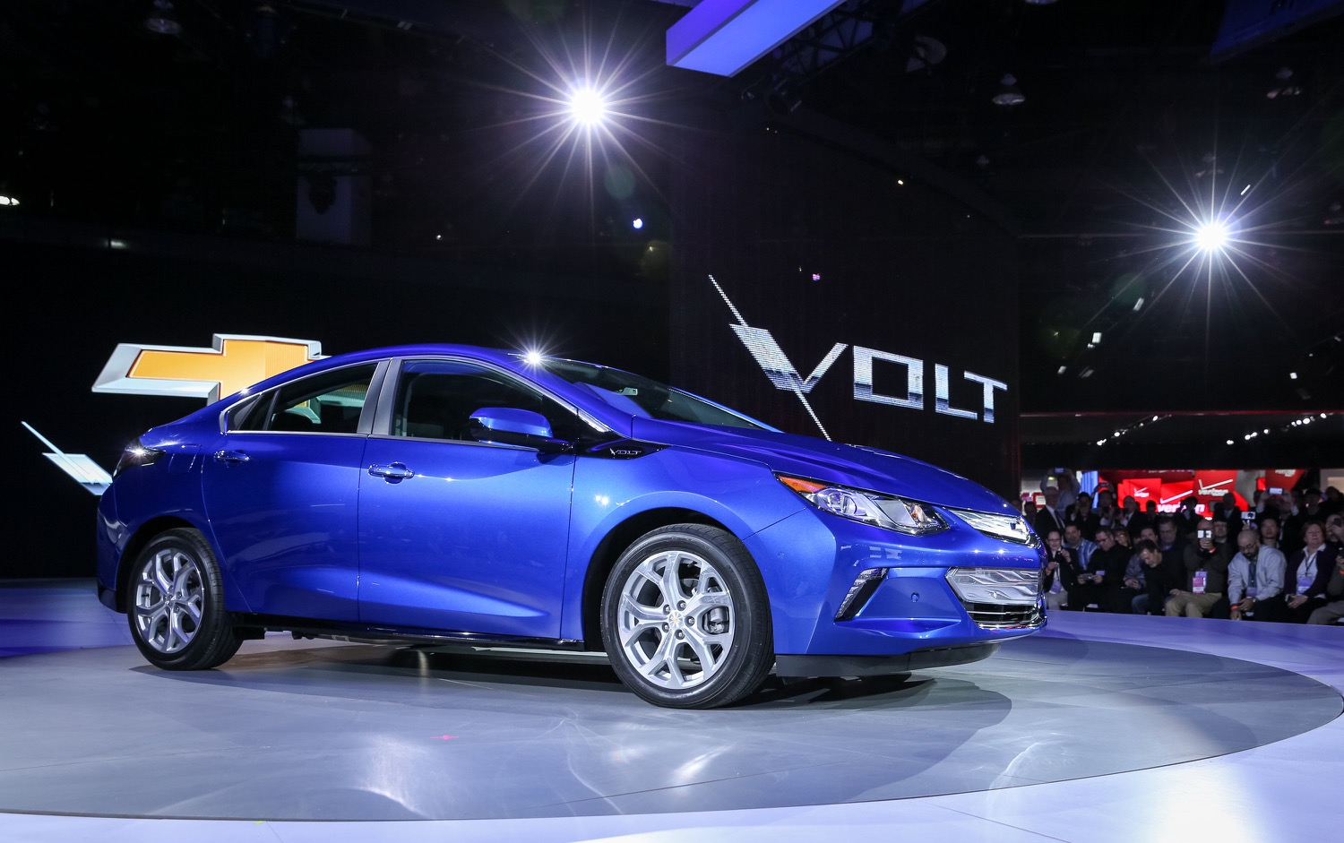 Chevrolet Reveals Their New Electric Car International Auto Show