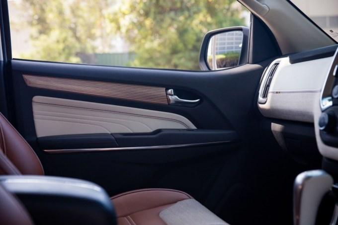 2016 Chevrolet Trailblazer Premier Show Car interior 008