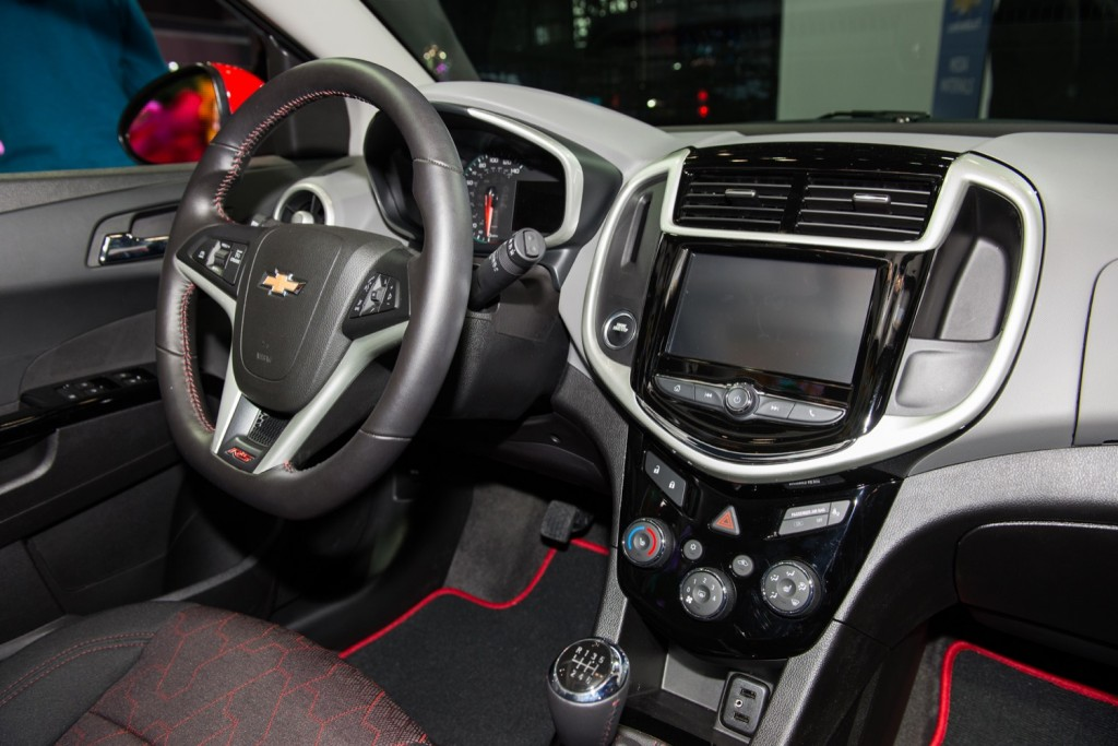 2017 Chevrolet Sonic Hatchback RS interior - 2016 New York International Auto Show Live 003