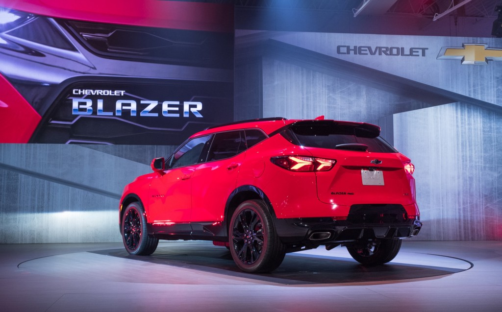 2019 Chevrolet Blazer RS exterior - live reveal 004 by Chevy - rear three quarters