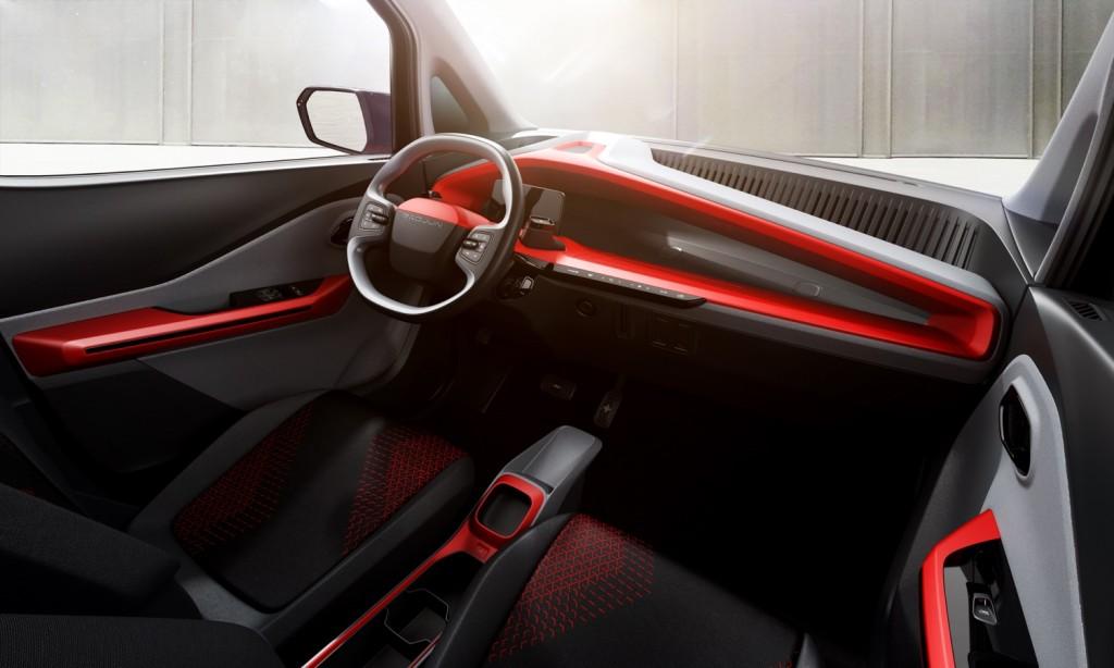 Baojun E200 interior 001