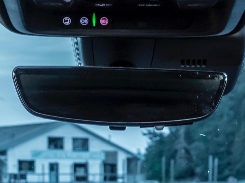 medium resolution of second gen rear camera mirror in 2019 cadillac xt4