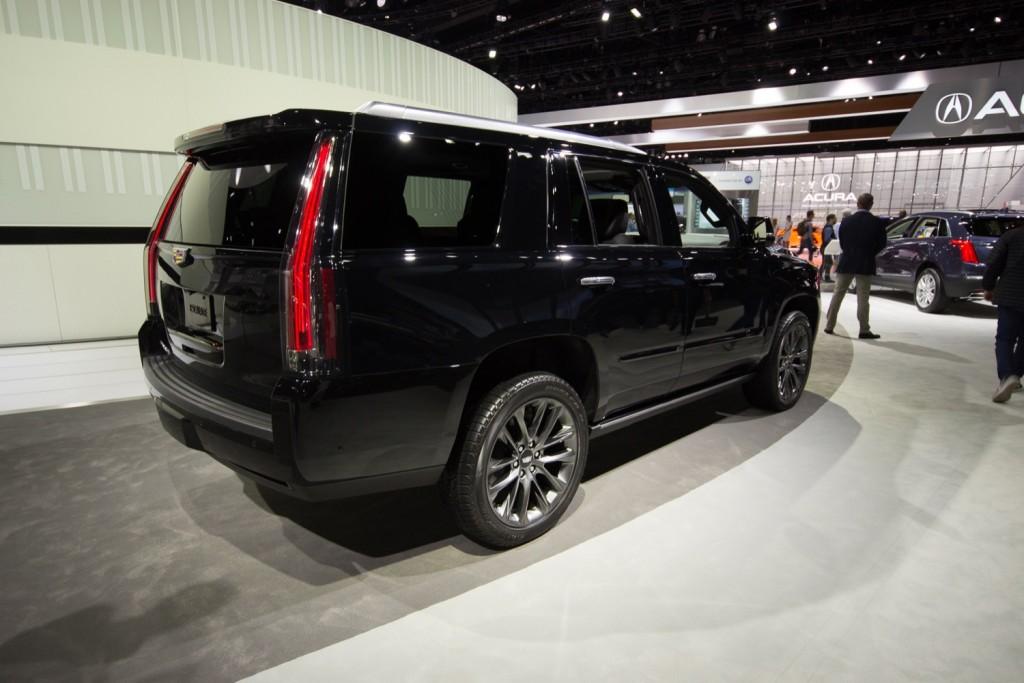 2019 Cadillac Escalade Sport - Exterior - Los Angeles Auto Show - November 2018 004 - Rear Three Quarters