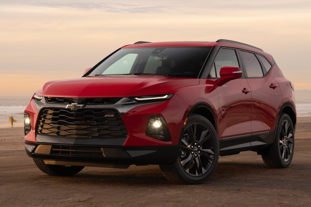 medium resolution of 2019 chevrolet blazer rs first drive exterior 010