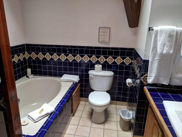 Guadalupe Inn Bathroom