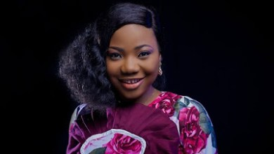 Photo of Mercy Chinwo – With All My Heart Lyrics