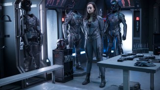"THE EXPANSE -- ""Safe"" Episode 201 -- Pictured: (l-r) -- (Photo by: Rafy/Syfy)"