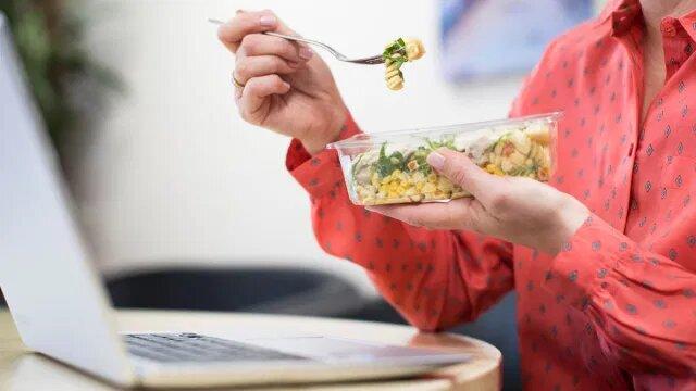 عادات تتسبب في زيادة الوزن