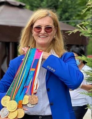 Cei mai medaliați sportivi români la Jocurile Olimpice - Elisabeta Lipă