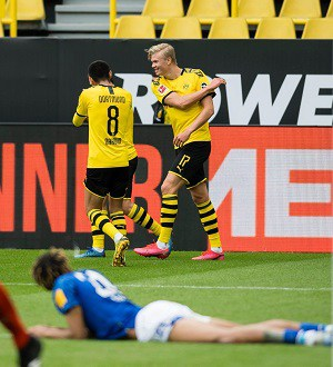 Ponturi fotbal 24-25 octombrie - Dortmund vs Schalke