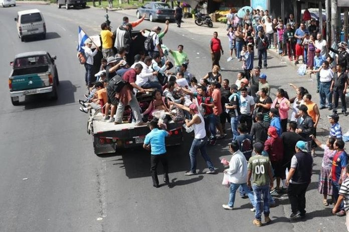 In October, the migrant caravan that was organized in Honduras passed through Guatemala, with a view to arriving in the United States in search of economic well-being, due to the good moment that employment in the northern country passes. (Free Press Photo: Newspaper Library)