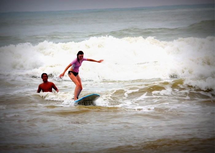 Learning to surf, Kenting, Taiwan