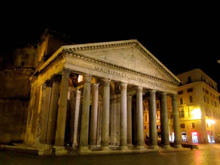 Pantheon. Rome, Italy