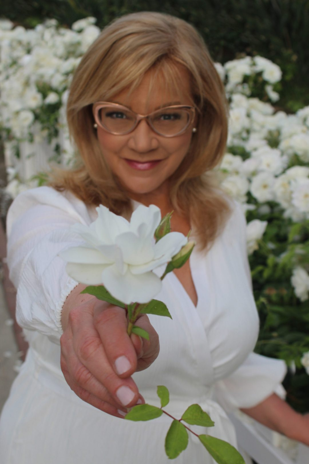 Rhonda white rose
