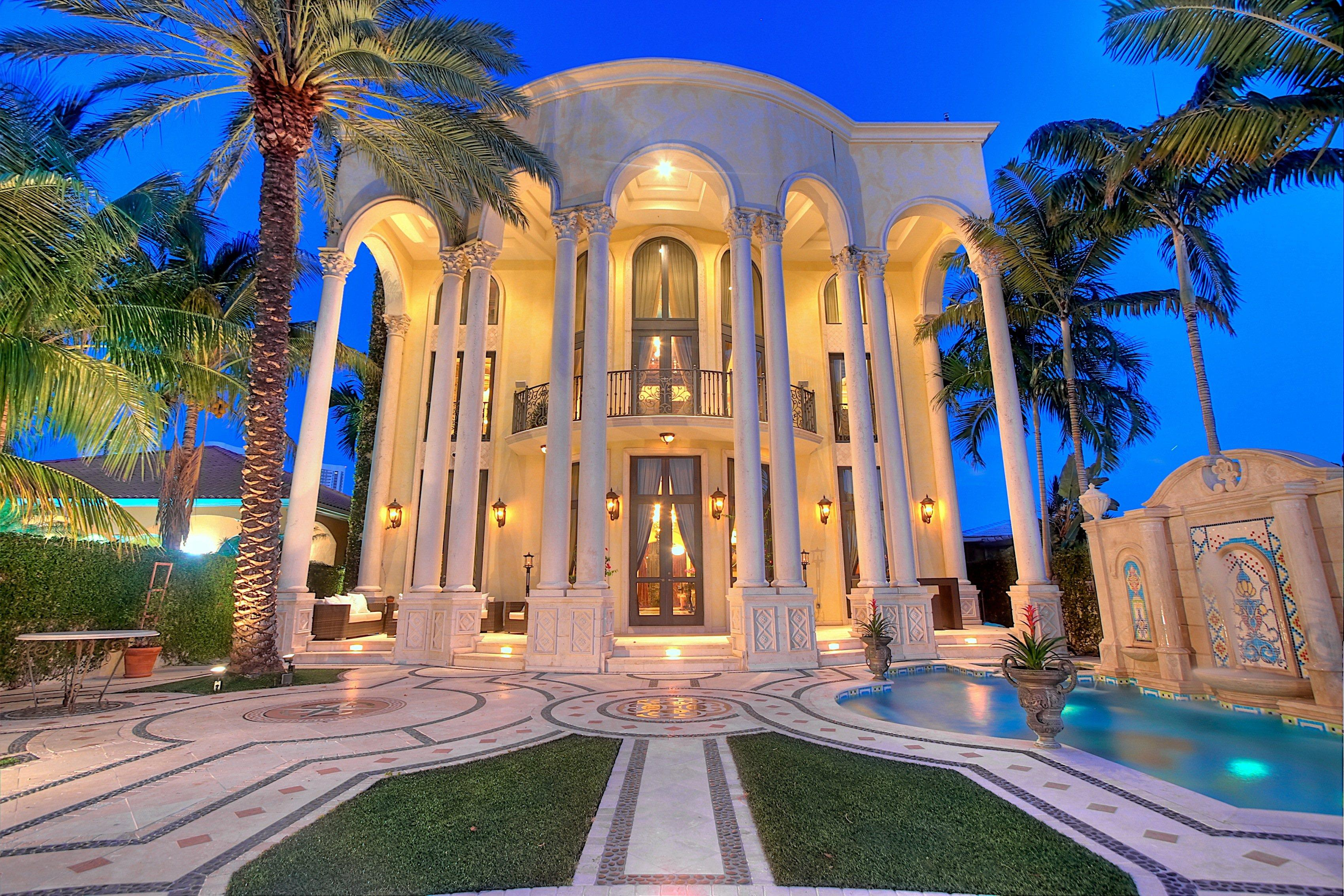 Versace Mansion  Go Rolling Out