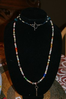 the necklace display stand