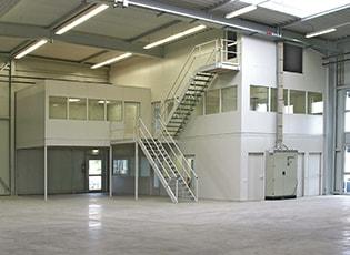 Hallenbüros & Meisterkabinen