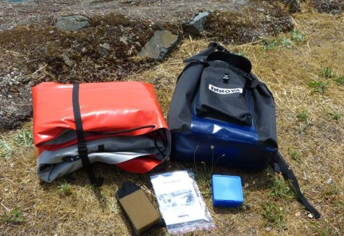 The package includes backpack, kayak body, brace, repair kit, instructions.