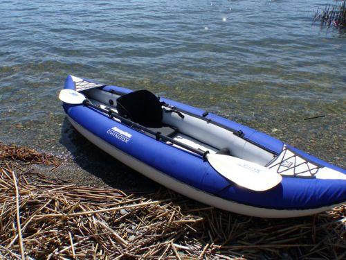 Two sets of velcro paddleholders.