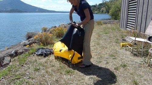 Sealing the inflator bag