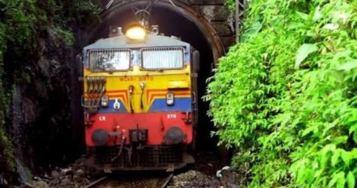 KONKAN RAILWAY WILL RUN SPECIAL TRAINS TO CLEAR RUSH DURING GANESH CELEBRATIONS