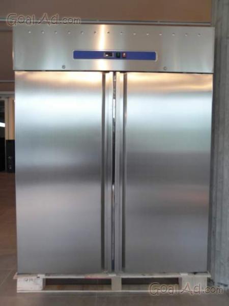 Congelatore verticale in acciaio usato  Colonna porta