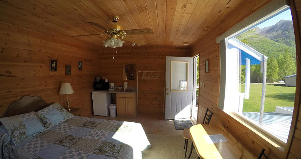 Eklutna Room, Bed and Breakfast