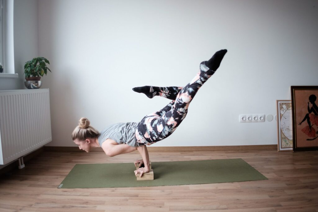 strong-woman-advanced-yoga-pose