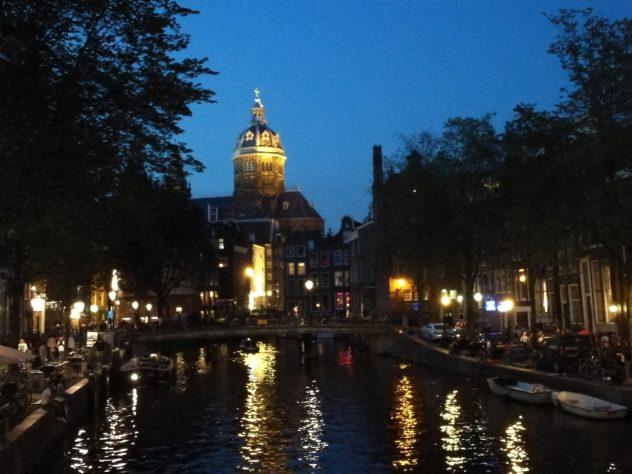 Wieczór w Amsterdamie