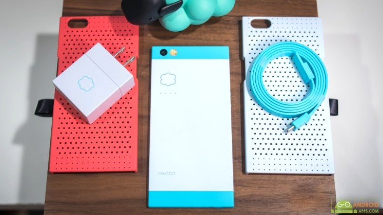 Nextbit Robin accesories with box