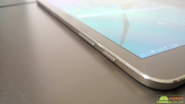 Samsung Galaxy Tab S2 side buttons