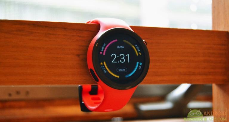 Moto 460 Sport Watch