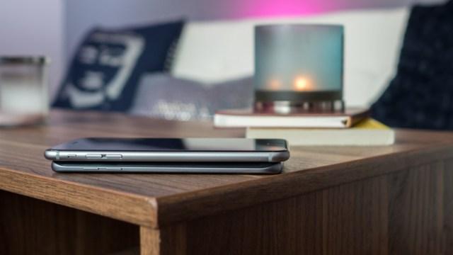 Samsung Galaxy S7 Edge vs iPhone 6s Plus Body