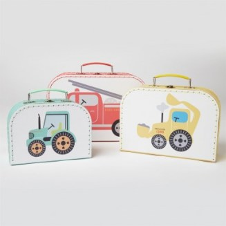 gif043_b_sass_and_belle_set_of_3_illustrated_trucks_suitcases