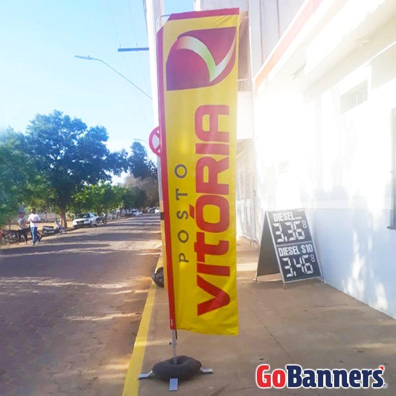 Banner de Calçada Posto Vitória