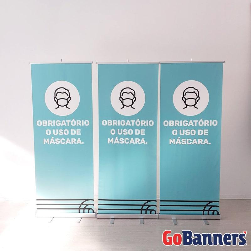 boa comunicacao visual com banner roll up mascara
