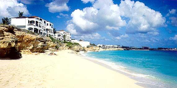ocean club cupecoy beach