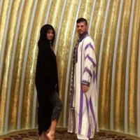 Selena Gomez showing off her legs in the Abu Dhabi Grand Mosque