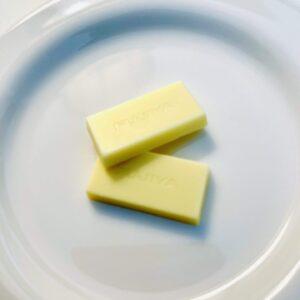 バターチョコにきゅんです。をお皿に盛り付け