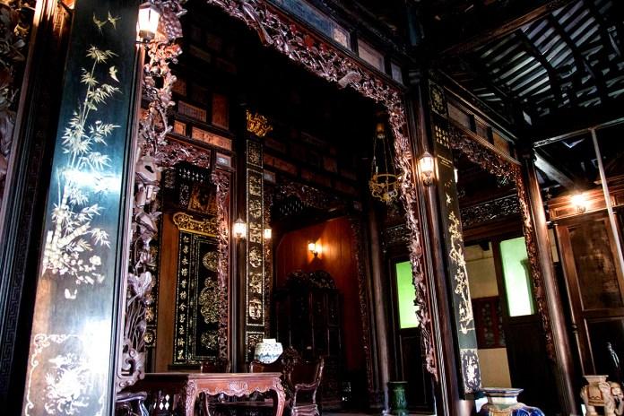 1 DOC PHU HAI 10 1536121189 1200x0 Vẻ đẹp xuyên thời gian của ngôi nhà hơn 100 năm tại Tiền Giang