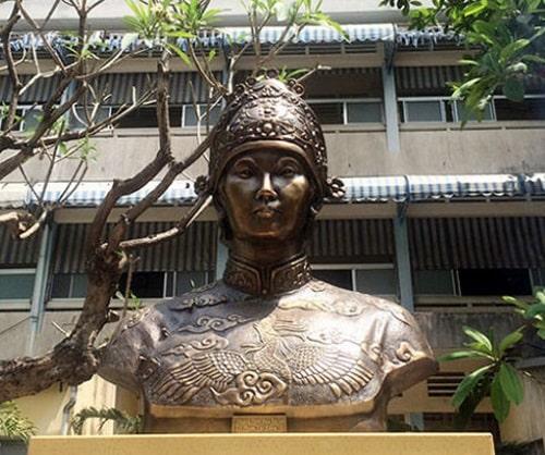 tu du 22 1 Phong thủy Gò Công: Vùng đất sinh ra hai bà Hoàng nổi tiếng sử Việt