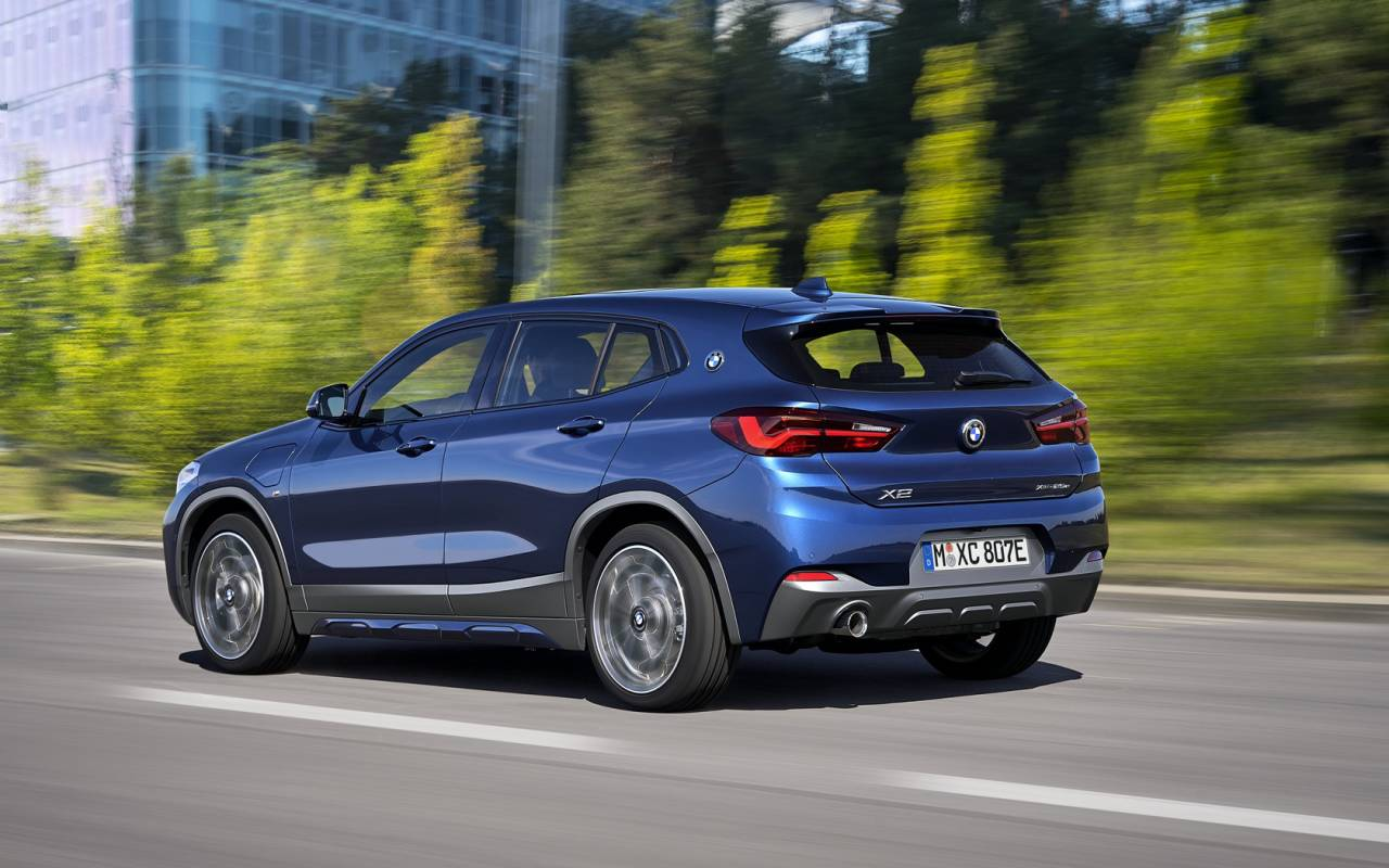 2021 bmw x2 xdrive25e crossover is a small phev with big