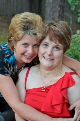 Erin M Diericx and her mom