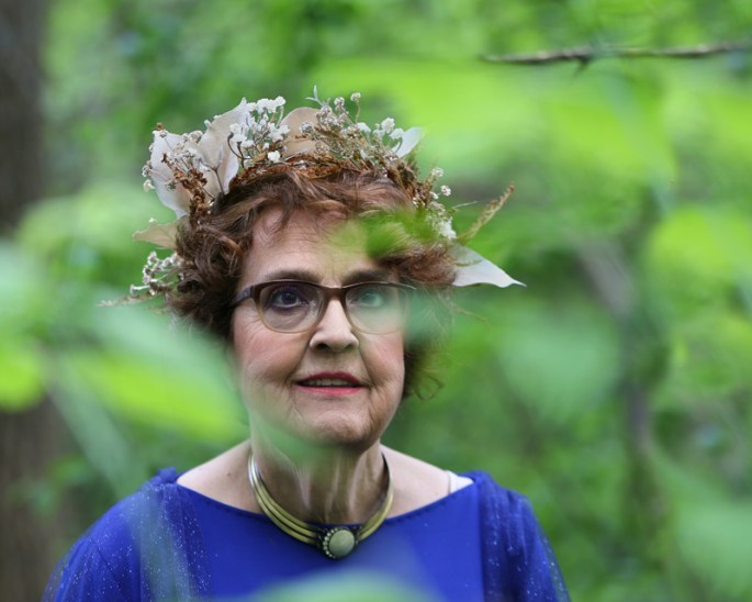 goddess-gloria.jpg-amongst-trees
