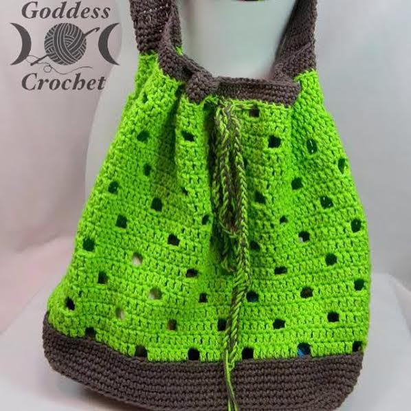 Free Crochet Pattern - Hip Squares Beach Tote