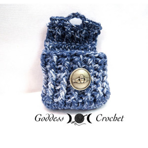 free crochet bag pattern, crochet button pouch pattern
