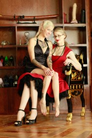 Doesn't she look so cute perched on my lap, toes dangling? What a lucky subgirl she is!