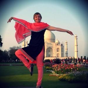 Laura Schummer at the Taj Mahal